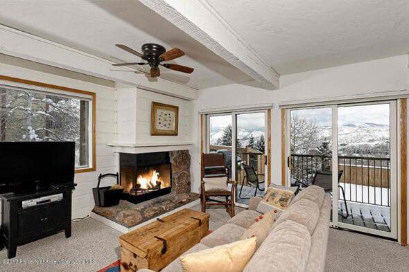 Aspen real estate 031917 147327 55 Woodbridge Road J 3 2 590W