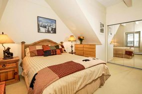Aspen real estate 040217 146266 715 E Durant Avenue 18 4 190H