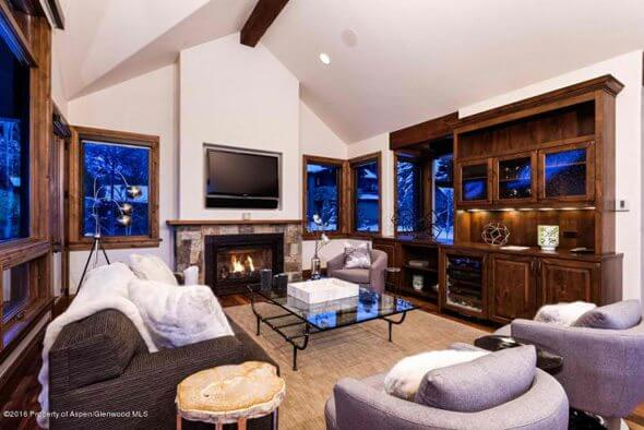 Aspen real estate 050717 145223 536 Walnut Street 2 590W