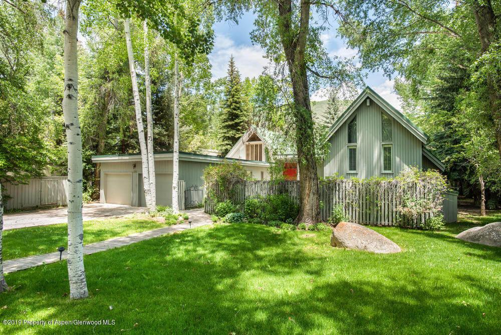 1980 Built Home on 12,000 SF Lot on Hallam Lake at 230 Lake Ave Closes at $15.75MM Unfurn. Image