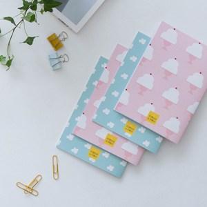 Ilustradora Estrella de Pablo, cuadernos vintage azules y rosas