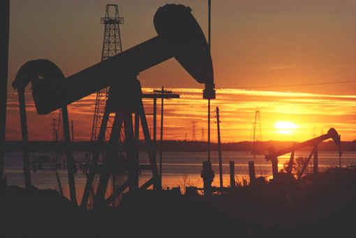 fabrica petroleo industria atardecer eeuu