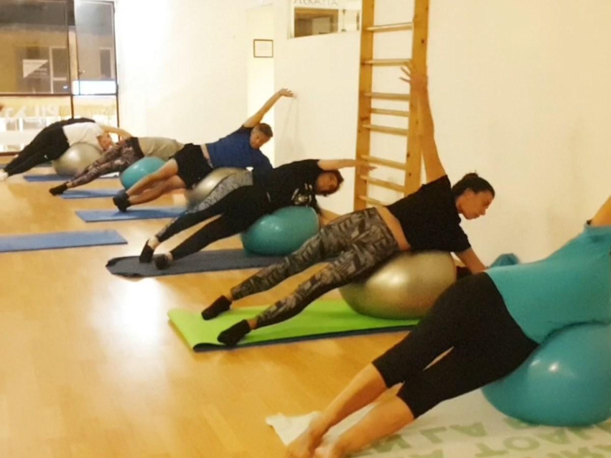 Pilates con Pelota Grande