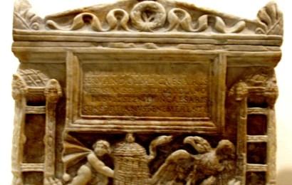 Estudios Sociales- Arquitectura fúnebre Romana