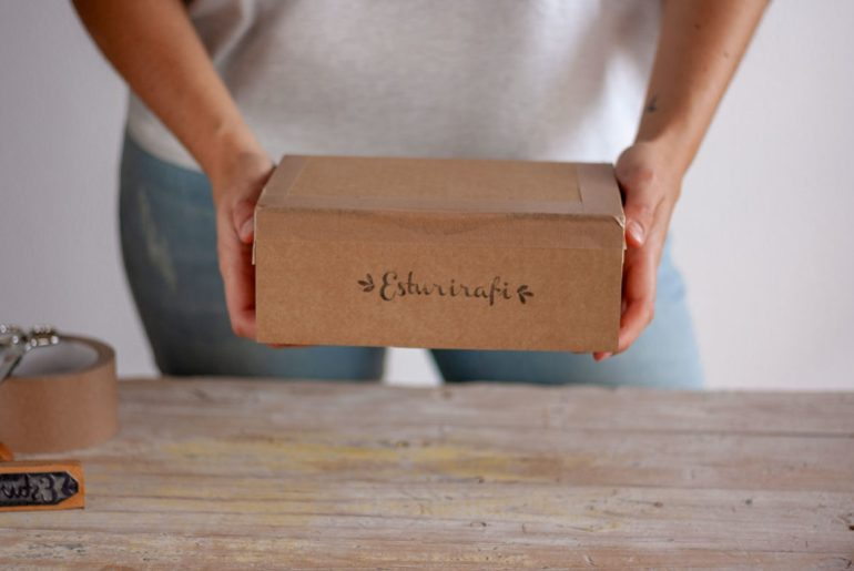 Cómo empaquetamos nuestros pedidos sin plástico