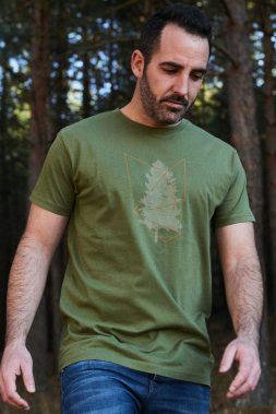 Camiseta-verde-estampada-Tree-1