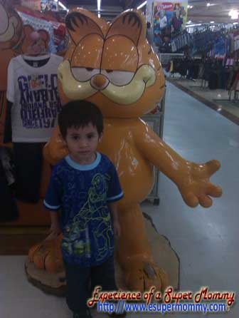 filipino toddler with garfield