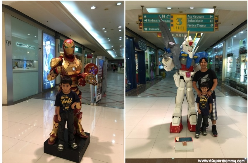 Iron Man and Gundam Wing Cosplay