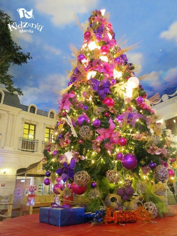 Filipino Christmas at KidZania