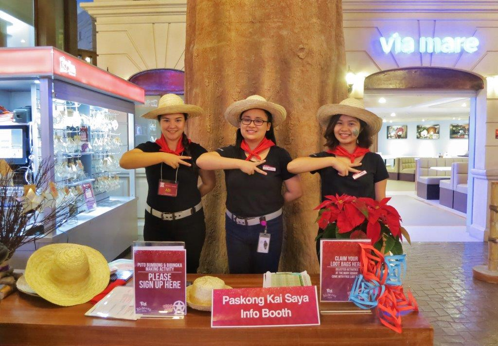 KidZania Zupervisors Ready for Christmas