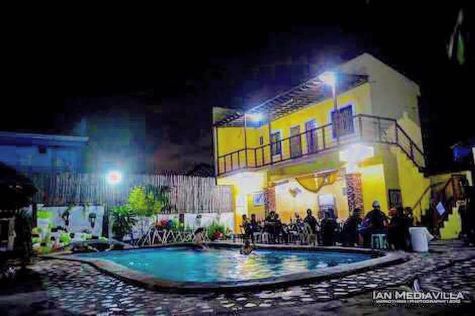 Villa-Camagong-Private-resort