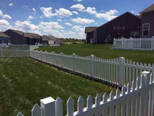 Irvington Dip Vinyl Picket Fence
