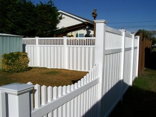 Talbot Vinyl Picket Fence