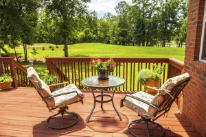 Essential Safety Features that Every New Deck Needs