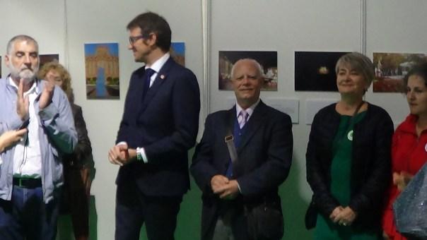 Foto inauguración exposición Vitoria