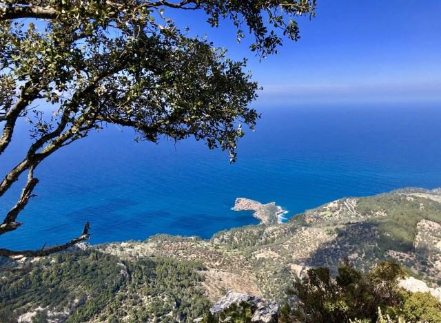 Halbinsel Sa Foradada mit dem Felsenfenster auf Mallorca