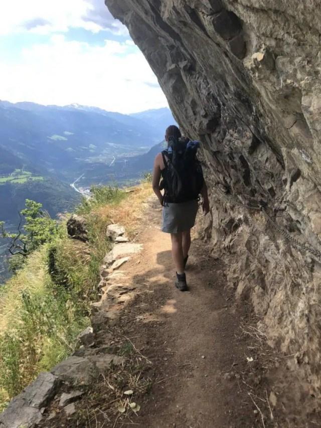 Felsenweg erfordert Schwindelfreiheit