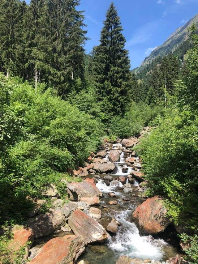Fluss beim Wandern