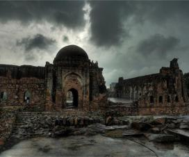 10 Most Haunted Places In India Where People Are Afraid To Go