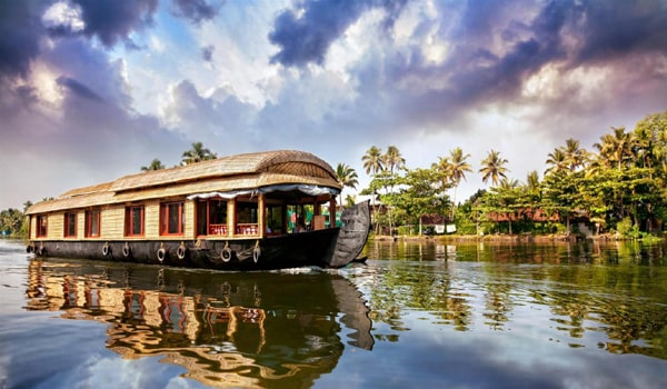 Destinations in India for Budget Travelers-Alleppey