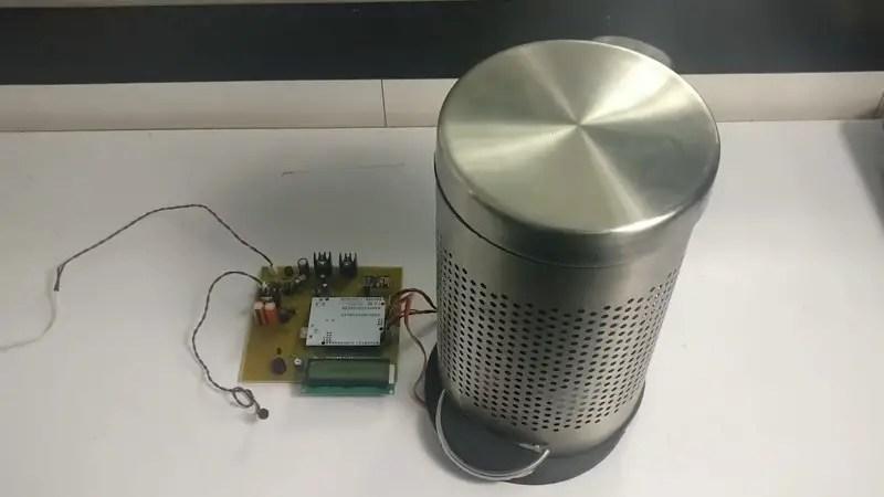 Smart Bin using Arduino UNO IoT project
