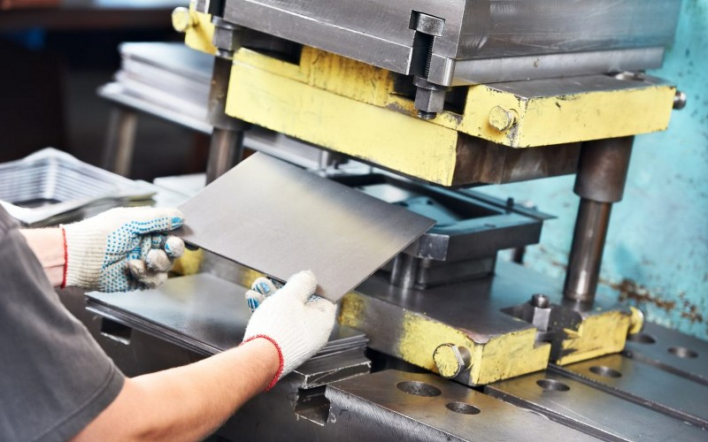 Sheet metal fabrication for rapid prototyping