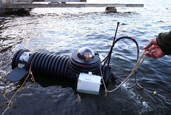 One-man-submarine-Justin-Beckerman