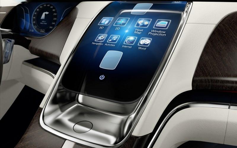2011-volvo-universe-concept-car-dashboard