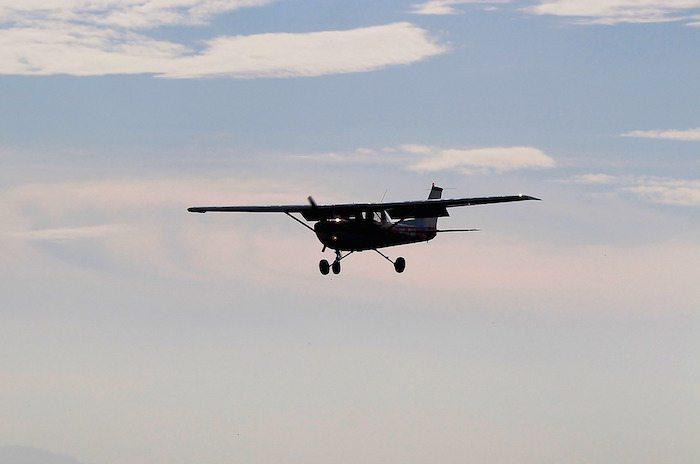 aircraft-466688_1280