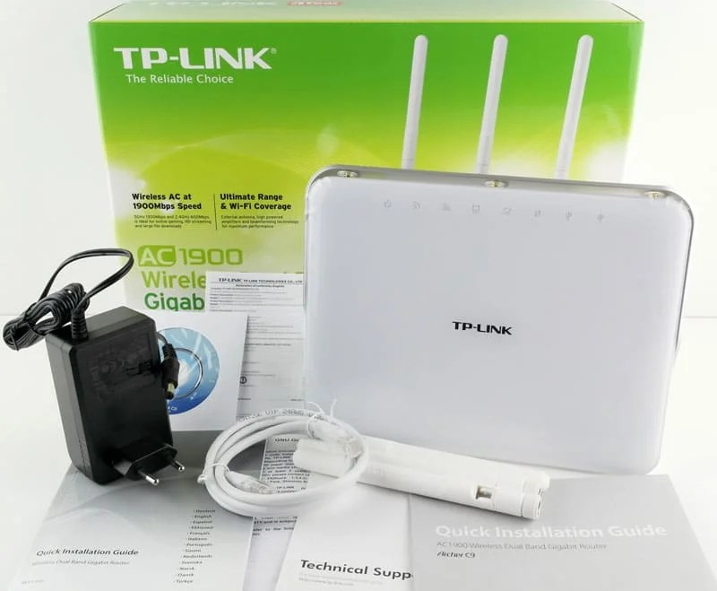 TP-Link_ArcherC9-Photo-box-content