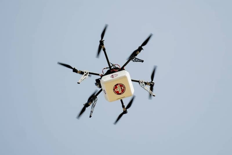 drone delivers medical supplies