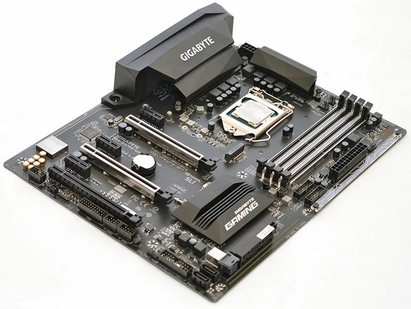 Gigabyte Z270X-Ultra Gaming LGA1151 Motherboard Review