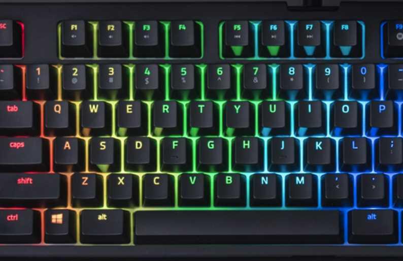 最も人気のある Razer Blackwidow X Tournament Edition Chroma V2 - サゴタケモ