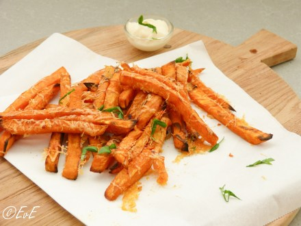 zoete aardappel frites uit de oven