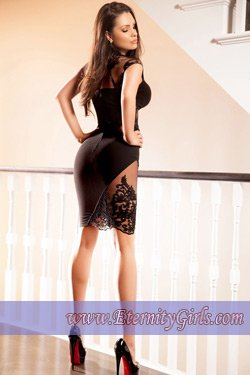 Brunette Bayswater W2 London Escort Girl Judith