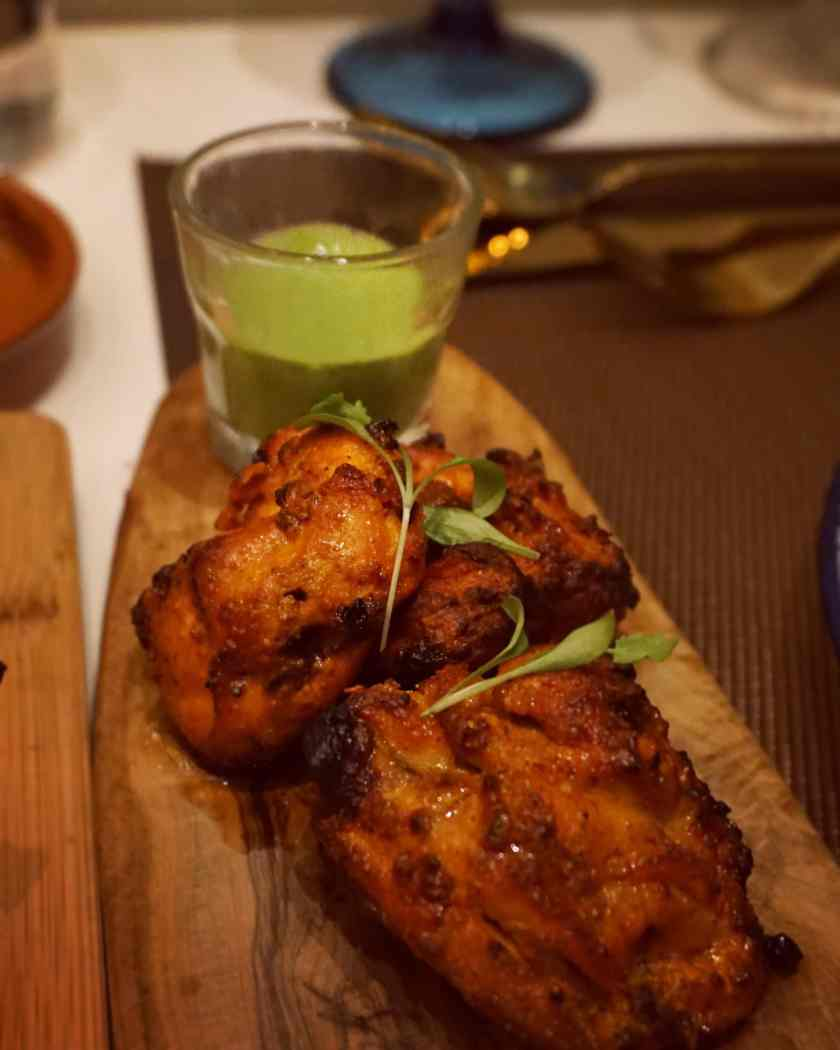 Image of a plate of Grilled Chicken Tikka at Hankies Marble Arch