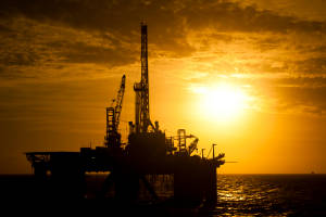 USCF adjusts rolling strategy for world's largest oil ETF