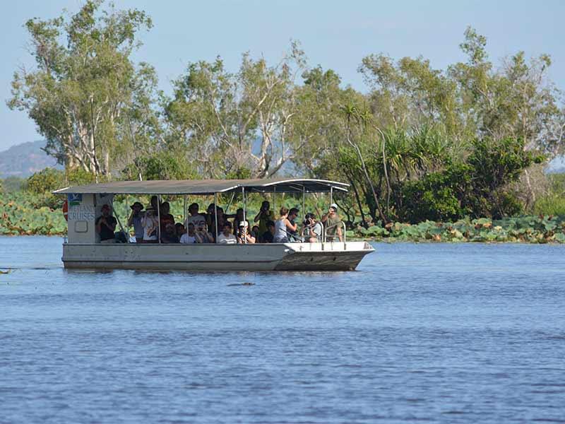 boat-cruise-coroborree