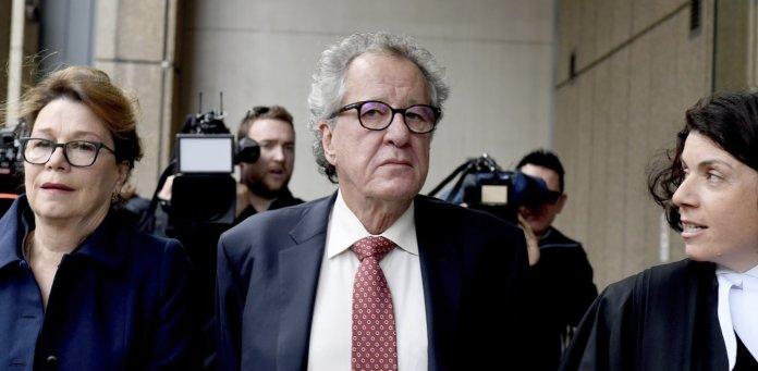 Δικαίωση για τον Τζέφρι Ρας – 850.000 δολάρια πληρώνει ο Μέρντοχ