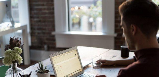 Κορονοϊός: Πώς θα λειτουργήσει το μέτρο της αναστολής σύμβασης εργασίας