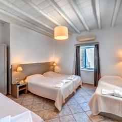 Διαμέρισμα με βεράντα και θέα.