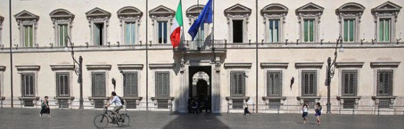 cropped-cropped-bandiere-di-Palazzo-Chigi-dalle-cialde-ai-frac_h_partb.jpg