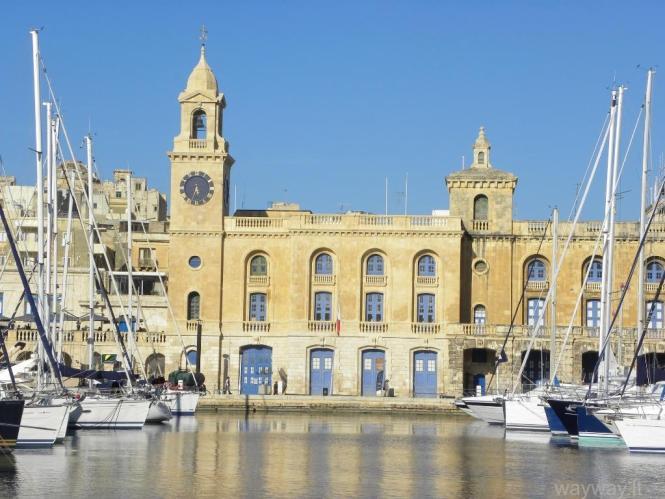 Vittoriosa (malt. Birgu ). Malta