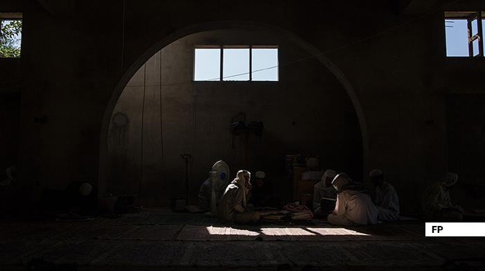 ثبت مساجد و مدارس دینی هرات؛ «گروههای تروریستی از این مکانها سربازگیری میکنند»