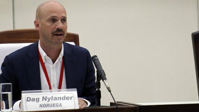 داگ نیلندر، مدیر بخش صلح و سازش وزارت امور خارجه ناروی و فرستاده ویژه سابق این کشور به کلمبیا، عکس از BBC News