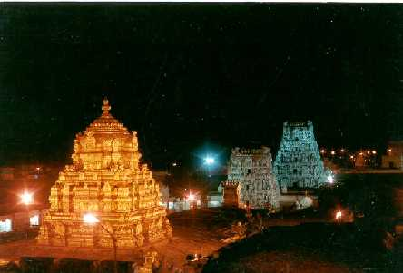 A majestic picture of the golden Vimanam of Tirupati.Click for a bigger image.