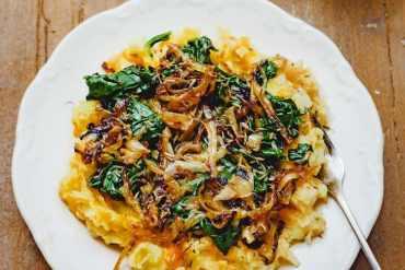 Rotmos med olivenolje - oppskrift fra Et kjøkken i Istanbul