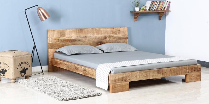 Letto legno naturale rusticato Letti rustici