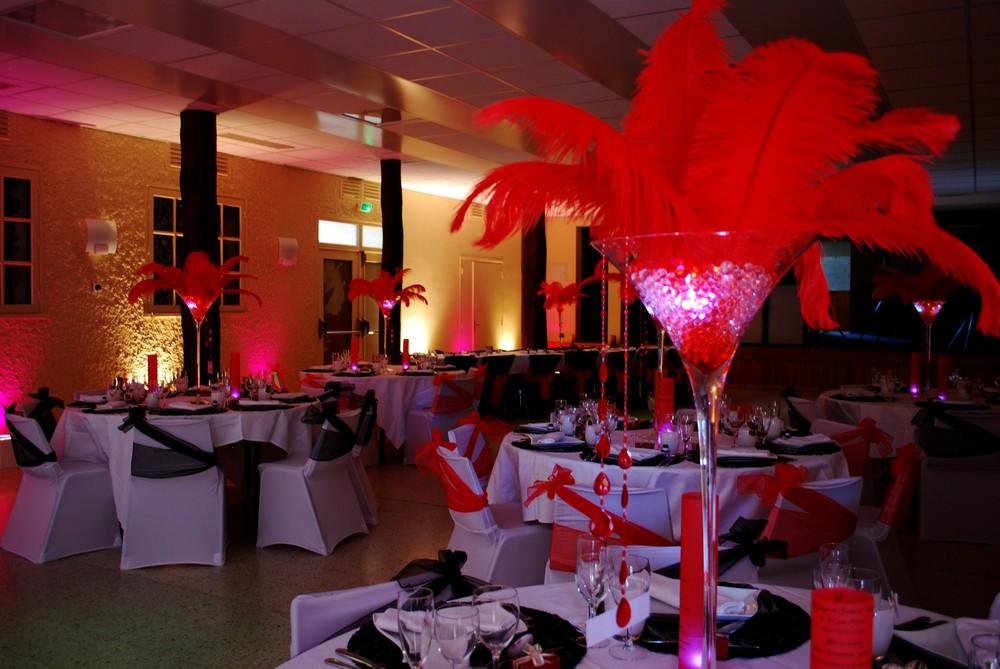 Mariage Cabaret Etoile De Rose Rouge Et Noir Vase