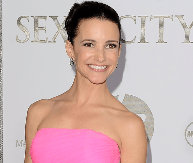 Kristin Davis Talks About Possibility Of Sex And The City 3 Post Feud I Always Have Hope Exclusive Entertainment Tonight